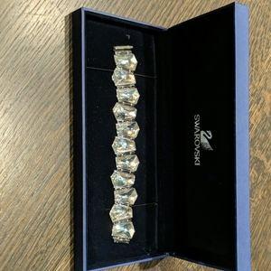 Swarovski crystal bracelet (white)